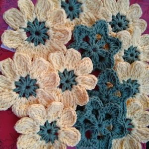Crochet flowers for scrapbooking or any art projec